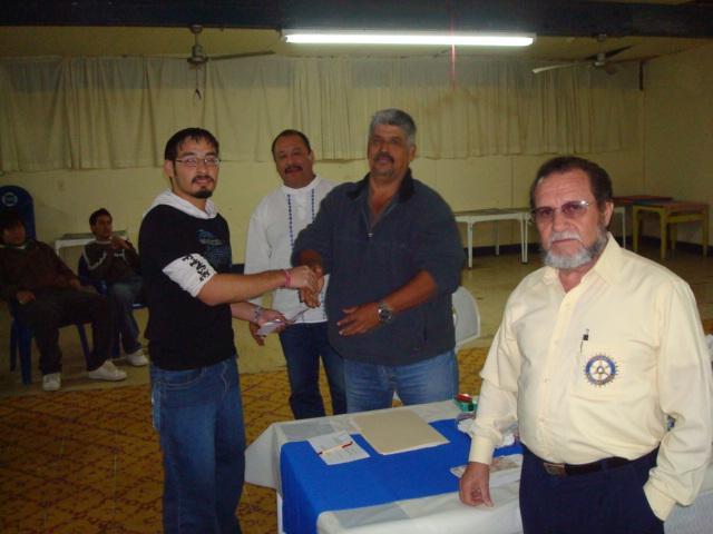 Becas Rotarios 09-02-10