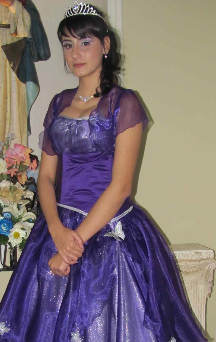 Diana Laura 04-02-10