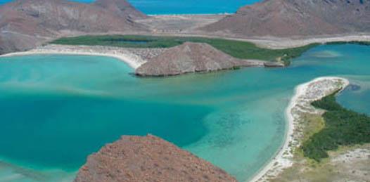 Sin mencionar que Balandra es área natural protegida, en California protectan el desarrollo turístico de la zona.
