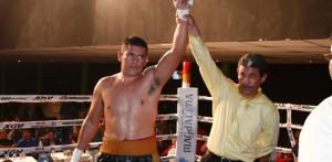 """Se anuncia a Felipe """"Indio"""" Romero, en pelea titular el próximo 21 de mayo en el C. Nahl."""