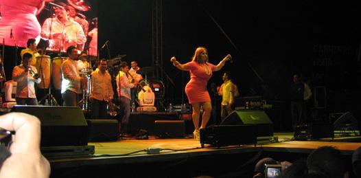El pasado sábado, la Diva de la Banda se presentó en el Estadio Arturo C. Nahl, donde por más de dos horas interpretó todos sus éxitos, y divirtió a los presentes.
