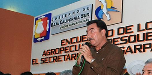 El dirigente de la Confederación Nacional Campesina Félix Mario Higuera Arce, pidió a NAM, que no se pare el cuello con gestiones que no ha realizado.