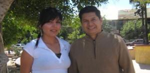 Licenciado Jorge Luis Reynoso Girón, subdelegado estatal de la zona norte de la Cruz Roja Mexicana, acompañado de la reina de la institución Carolina Villavicencio Miranda (Enrique Montaño).