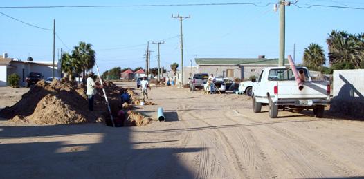 El Sistema de Agua Potable y Alcantarillado de Guerrero Negro, BCS., está siempre revisando las redes del agua en las calles para que, estén en óptimas condiciones.