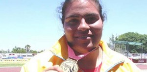 Lidia Gavarain Montaño logró medalla de oro en lanzamiento de disco en la conclusión de la primera etapa de la disciplina del atletismo en la Olimpiada Nacional 2010.