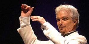 El músico, considerado como el mejor director de orquesta de ópera del país, se presentará al frente de la Orquesta Sinfónica de Sinaloa de las Artes, el próximo miércoles 19 de mayo, en punto de las 20 horas, en el Teatro de la Ciudad, junto a 4 de los más reconocidos cantantes de ópera, con fama a nivel internacional.