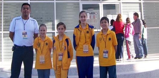 María Fernanda, José Luis y Gisela Roque Sola y David Arellano Cevallos delegación de BCS en los III Juegos Deportivos Nacionales de Nivel Primaria que tuvo como subsede Jerez, Zacatecas.