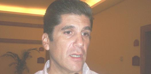 Con el problema de los dólares ponen otra barrera al destino y este tema no se puede aplicar igual en todos lados, dijo Rubén Reachi Lugo, Presidente del Consejo Coordinador de Los Cabos (Lupita Gómez)