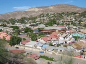 """Tronados se encuentran la mayor parte del comercio local, desde  Santa Rosalía hasta la Heroica Mulegé, y todavía Nacional Financiera los presiona con una """"supuesta ayuda"""" por parte del Gobierno del Estado (Enrique Montaño)."""