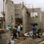 Jáuregui Moreno explicó que si bien los trabajos se están centrando en concluir las obras ya iniciadas en los cinco municipios para cumplir el compromiso de no entregar obras inconclusas al finalizar el gobierno de Narciso Agúndez, también hay proyectos que se van a iniciar y concluir antes del próximo mes de abril.