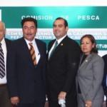 La Comisión de Pesca de la H. Cámara de Diputados y la dirigencia nacional del sector social de la pesca reconocieron el compromiso del gobernador Narciso Agúndez con el mejoramiento de las condiciones de vida y trabajo de miles de los pescadores de Baja California Sur.