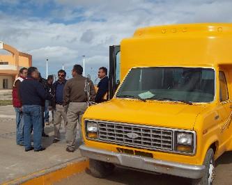 Por incosteable el microbús dejó de prestar el servicio a los usuarios.( FJ. Castillo C. )