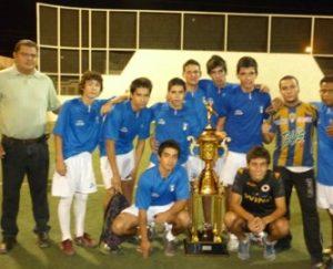 Distribuidora Victoria se proclamó campeón del futbol rápido de Las Arboledas.