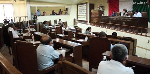 Los diputados del Congreso local habrán de modificar algunos puntos del Código Civil en el rubro del polémico tema de la adopción.
