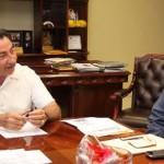 El gobernador Narciso Agúndez se reunió con el presidente de Cooperativas Pesqueras de la Pacífico Norte Edgar Aguilar Castillo, con quien evaluó el trabajo realizado a favor de ese sector a lo largo de la presente administración.