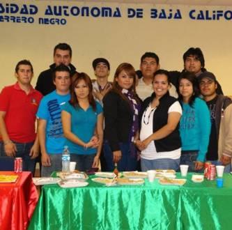"La UABCS, campus Guerrero Negro, celebró la jornada académica ""Expo-ideas"" con motivo del cierre del semestre 2010-II."