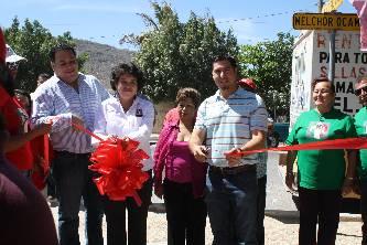 El sábado anterior, el Comité Directivo Municipal del PRI en La Paz, encabezado por su presidenta Rosalva Tamayo Aguilar, inició una jornada social en apoyo a la economía familiar, que transcurrió de 10 de la mañana a 2 de la tarde en el parque infantil 20 de Noviembre, en la colonia  del mismo nombre que se ubica al oriente de la ciudad.