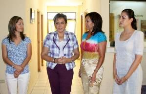 María del Carmen Zerón, invitó a las mujeres a participar de los diversos programas de apoyo; además hizo un llamado a las mujeres del municipio a asistir con regularidad a las revisiones médicas y auto exploración, a fin de prevenir la enfermedad.