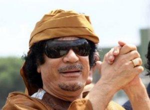 """""""El tiempo está en contra de Gaddafi. No tiene control sobre su país. La oposición organizó un legítimo y creíble Consejo Interino"""", dijo Obama en Washington el jueves."""