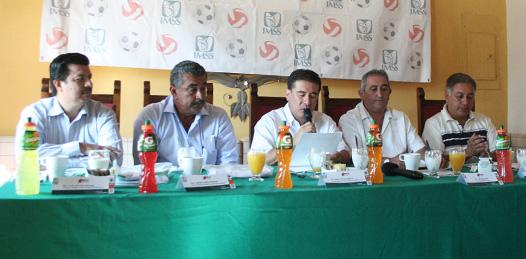 Los torneos se hayan auspiciados por los tres niveles de gobierno, la Máxima Casa de Estudios y AV1LA Sport, a través del Instituto Mexicano del Seguro Social (IMSS).