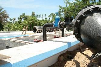 Otra de las obras son la ampliación de la red del vital líquido para las comunidades de Rincón de La Playa y Las Animas Bajas, con una inversión global de 2 millones 609 mil 912 pesos, beneficiando a 512 habitantes, 415 del Rincón de La Playa, 117 en Animas Bajas.