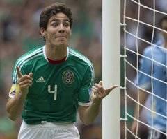 """La buena actuación que tuvo el defensa mexicano en el Mundial le valió ser considerado una """"joya"""" por la que """"suspiran"""" varias escuadras, que desean """"incorporarlo a su disciplina lo antes posible""""."""