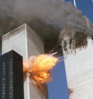 Los resultados del sondeo hecho en 2009 arrojaron que 37 por ciento de ciudadanos piensa que George W. Bush permitió el ataque a las torres para justificar la intervención de Estados Unidos en Irak.