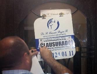 Clausuran, de manera oficial, clínica de ginecología en Fidepaz