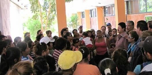 El grupo perredista de Los Cabos es ahora el foco del partido, y gran parte de ese grupo es señalado como partícipe de esa invasión y de negocios sucios que encabezó el ex gobernador Narciso Agúndez.