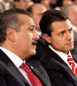 En entrevista con Pedro Ferriz de Con, para Grupo Imagen, el senador consideró que tiene más ventajas que puntos débiles frente a el ex gobernador del estado de México, Enrique Peña Nieto.