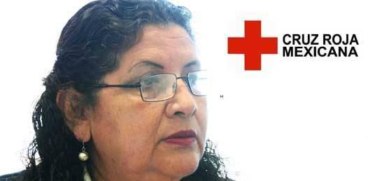 En La Paz, la Cruz Roja, que atiende 8 de cada 10 emergencias reportadas, cuenta con un total de 7 ambulancias, pero debido a la pobre aportación de la población y al incumplimiento del municipio con su compromiso de contribución mensual, la institución sólo puede ofrecer un equipo de trabajo, que consta de tres profesionales, dio a conocer  Bertha García Melgar, delegada de la Cruz Roja en Baja California Sur (BCS).