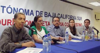 """La UABCS inauguró el """"7mo. Festival Multicultural 2011"""" de Lenguas Modernas, el pasado 9 de noviembre, en el Centro de Convenciones de la UABCS."""