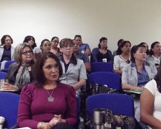 "Se impartió en la UABCS el curso ""Desarrollo integral secretarial"" al personal administrativo."