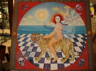 Conchita Amata, falleció el pasado 30 de octubre y en sus obras destacaba su lado femenino, con figuras de diosas y cuerpos que muestran la desnudez del alma, lo cual, es atractivo para el que tiene la cultura de admirar y disfrutar el arte.