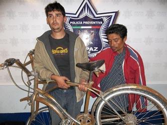 Fernando Valenzuela de y Omar Villagómez Rivera.