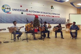 La UABCS clausuró las actividades de sus talleres artísticos-culturales el pasado 8 de diciembre de 2011, en las instalaciones del Poliforo Cultural Universitario.