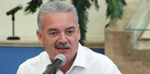 """Es momento de que los funcionarios hagan un """"acto de contrición"""" advirtió el gobernador"""