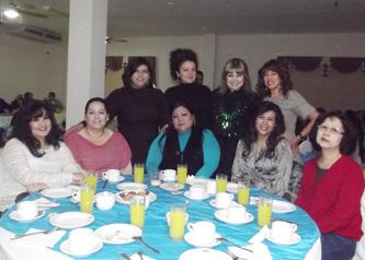Con un ameno desayuno, la Universidad Autónoma de Baja California Sur celebró el Día de la Trabajadora Administrativa Universitaria, el pasado 27 de enero.