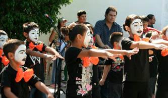 La Muestra formará parte del Encuentro Nacional que año con año organiza la Coordinación Nacional de Desarrollo Cultural Infantil Alas y Raíces del Consejo Nacional para la Cultura y las Artes (CONACULTA).
