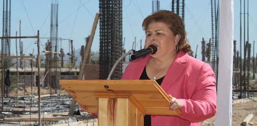 """""""Muy contenta y motivada"""" la alcaldesa de frente a su segundo informe"""