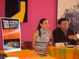 """Alegría Gómez, colaboradora en la logística del festival, anunció que paralelamente y durante la proyección del primer documental """"El Oro o La Vida"""", se recopilarán firmas en contra de la minería tóxica en Baja California Sur."""