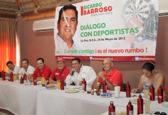 Ante Ricardo Barroso, reconocidos deportistas criticaron la indiferencia de la autoridad deportiva para respaldar entrenamientos y traslados a otros estados del país.