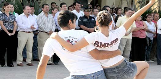 La diputada príista, Marisela Ayala, en función de secretaria de la comisión permanente de asuntos laborales y previsión social, se pronunció en contra del convenio.
