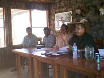 Después de diferentes intervenciones y el debate de temas sobre el tratamiento que el Ayuntamiento ha dado a los ejidos, se acordó acudir al Congreso del Estado de BCS.