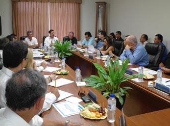 Álvaro de la Peña Angulo propuso a los empresarios a ser coparticipes en la observación del desempeño de los elementos de la Policía Estatal y personal de la Secretaría de Seguridad Pública, y a denunciar hechos no apegados a la legalidad.