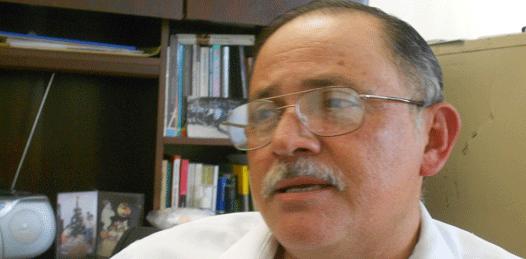 Exigen más de 30 profesores la destitución del director de la BENU
