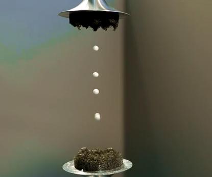 Hacen levitar líquidos con ondas sónicas