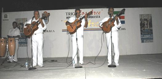 Orquesta de Los Hermanos Arce.