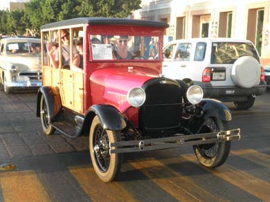 Auto clasico y antiguo