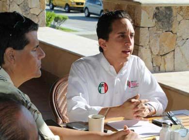 Andrés Liceaga, presidente del Nuevo México del PRI en Los Cabos .